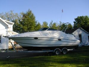 27' Doral SC Cabin Cruiser in Excellent Condition with new motor