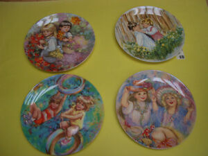 SET OF 4 WEDGWOOD COLLECTOR PLATES RIDING HIGH, OUR GARDEN PLUS