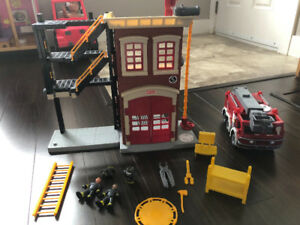 Fisher Price Imaginex Fire Station and Truck