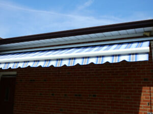 Rolltec awning  w size 17-4 projection 11-8 Blue and whitestripe