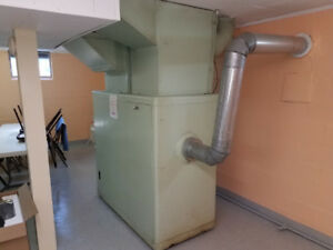 NEW PRICE Old oil furnace $125 wont last long.