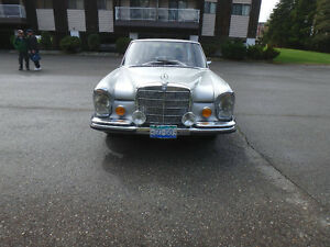 1971 MERCEDES 300SEL  3.5 V-8  Automatic  Air suspension
