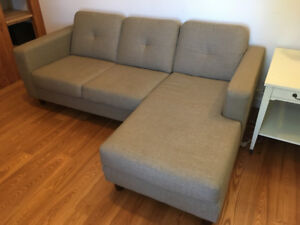 Divan EQ3 Solo 2-Piece Sectional Sofa with Chaise - Fabric