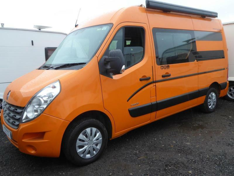 Renault Master MM33 DCi100 2 berth fixed toilet 3 seatbelts campervan for sale