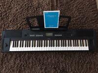 Full size Yamaha keyboard Piaggero NP-V80