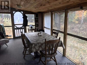 Cabin near Bancroft on 11 acres of real estate Peterborough Peterborough Area image 3
