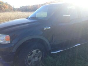 2004 Ford F-150 Pickup Truck - for Parts