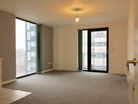 2 bedroom flat in Castlebank Place, Glasgow Harbour, Glasgow, G11 6BX