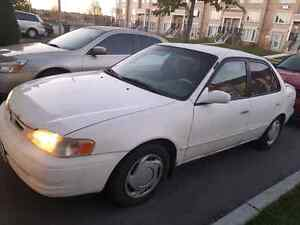Toyota Corolla 1998 Only for $ 700