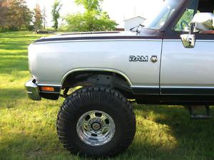 "Custom Dodge Power Wagon 4x4 (one of a kind) 440 , 37"" tires"