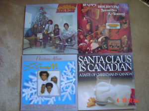 4 Vintage 1980's Collectible~LP Christmas Record Albums~EUC