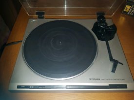 Pioneer PL-320 Direct Drive Turntable