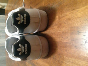 Adidas superstar women's size 7.5 runners