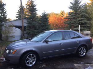 I am selling my Hyundai Sonata 2007 in a good conditions
