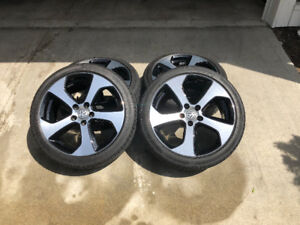 "VW GTI - 18"" Alloy wheels with Continental Pro Contact tires"