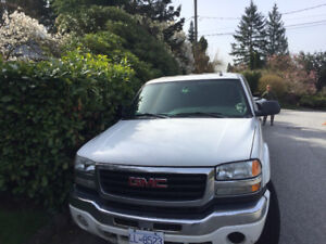 2006 Duramax 4X4 loaded crew cab 1 ton