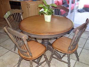 table en bois massif fabriqué au Québec