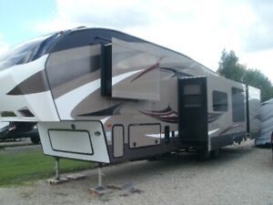 2015 Cougar High Country 330RBK Fifth Wheel Bunk House