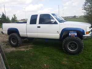 1996 GMC C/K 1500 Pickup Truck Lifted with 38.5s