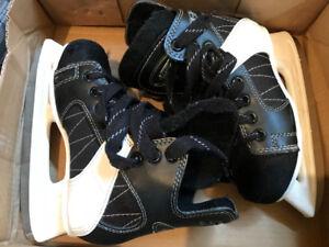 Boys CCM skates (size 13J)