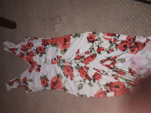 New floral fitted dress