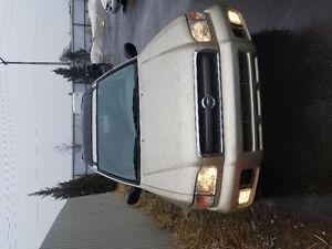 2002 Nissan Pathfinder SUV, Crossover