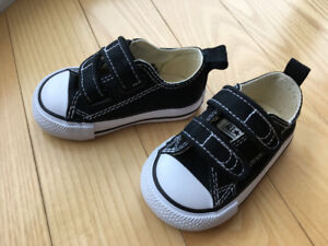 Baby Converse shoes size 3 - never worn