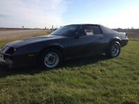 1984 camaro z28 t top need gone asap make a offer