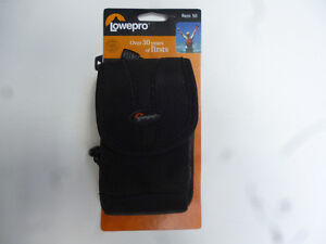 Lowepro Rezo 50 Camera Bag Black Nylon by Lowepro New on Card London Ontario image 1