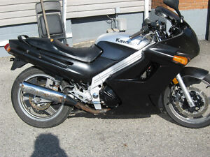 Kawasaki 2000 ZZR 250 parts bike