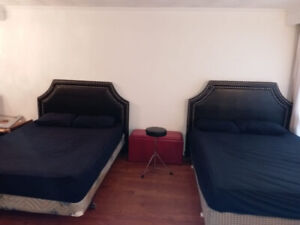 *** FULLY FURNISHED FOR STUDENTS, TEXT 9059147865, EAST YORK ***