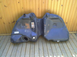 Mercury/Ford plastic gas tank
