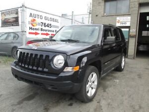 Jeep Patriot MANUELLE,4 CYL,A/C, 4X4,BANCS CHAUFFANTS,AUX 2011