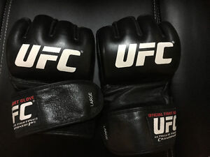 UFC Official Fight Gloves $15 OBO