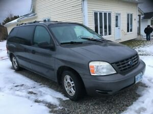 2005 Ford Windstar Minivan, Van