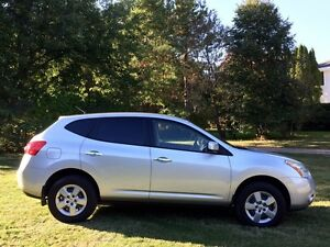 2010 NISSAN ROGUE S  110,000kms *REDUCED* 8,400$OBO !