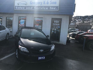 2013 Toyota Corolla, Sunroof , Low kms!!