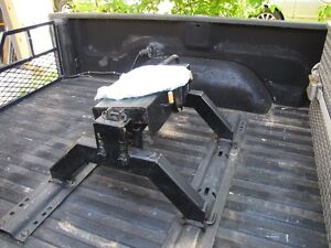 5th wheel hitch and harness