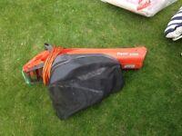Flymo 1500 leaf blower and vacuum