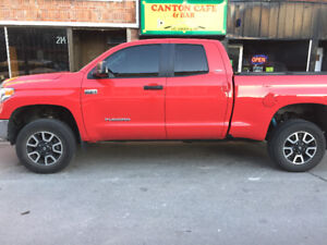 """2014 Toyota Tundra TRD V8 5.7L4X4double cab """"ONLY33,000KM""""$39899"""