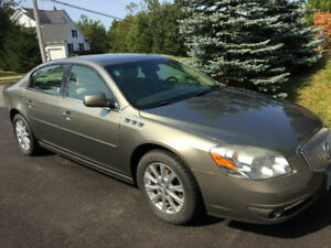 Low mileage (9657km) Buick Lucerne -Excellent condition!