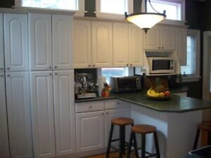 5 bedroom Southend Victorian House. Sept. 1st. Heat/Parking incl