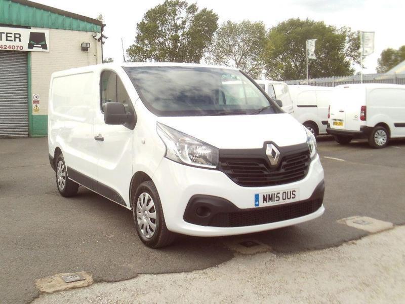 Renault Trafic SL27 swb dci Business+ 115ps DIESEL MANUAL WHITE (2015)