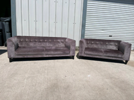 Dfs purple/grey 3 +2 seater sofas couches suite 🚚🚚