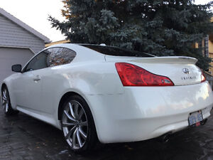 ***BEAUTIFUL INFINITI G37S COUPE NEVER WINTER DRIVEN***