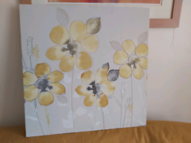 Light grey an lemon canvas