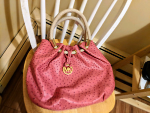Variety of Michael Kors, Guess, Coach purses