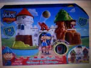 Mike the Knight Playset with Accessories Windsor Region Ontario image 1