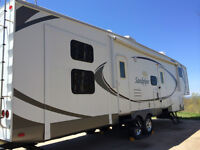 Large Family RV- 1 Owner-Separate Bunk and Bath