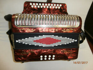 Hohner Corso 8 bass button accordion